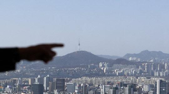 """""""전셋값 안정시키고 투기꾼 잡는다""""…팔 걷어붙인 변창흠"""